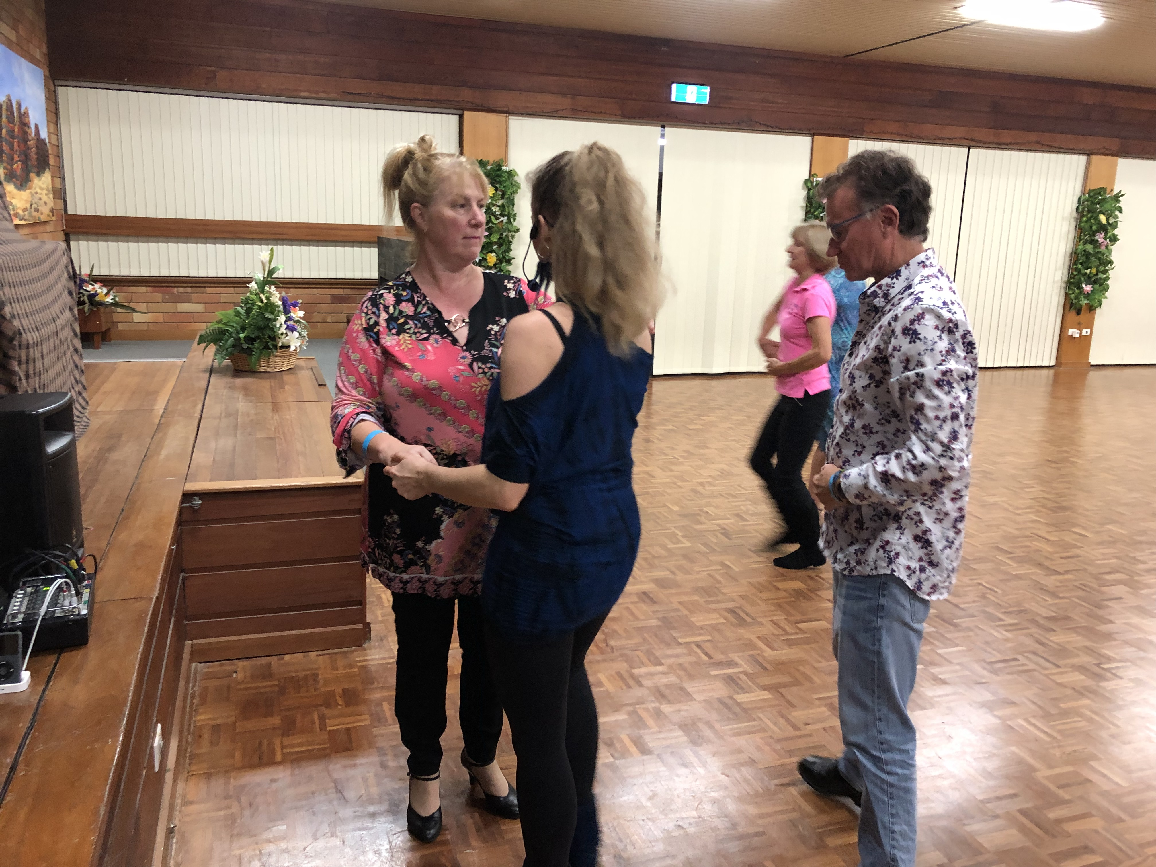 Private dance lessons Modern Jive
